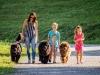 pes in družina